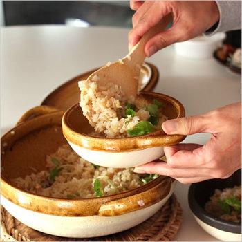 もちろん鍋以外のお料理にも。土鍋で炊いた炊き込みご飯は絶品ですよ♪香ばしいおこげもたまりません。