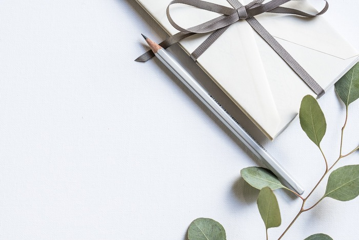 敬老の日のギフト選び 〜男性にも女性にも喜ばれる贈り物のアイデア〜