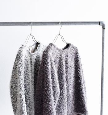 秋冬に着こなしたいアイテムと言えば、やっぱり素材で季節感をアピールできるファーやベロアのアイテム。