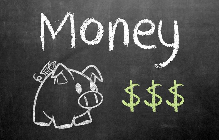 貯め上手さんであればあるほど、少額のお金でも大事に扱います。『塵も積もれば山となる』のことわざの通り、小銭も貯金箱を用意してコツコツと貯めていけば、いずれ家計や生活の大きな足しになります。