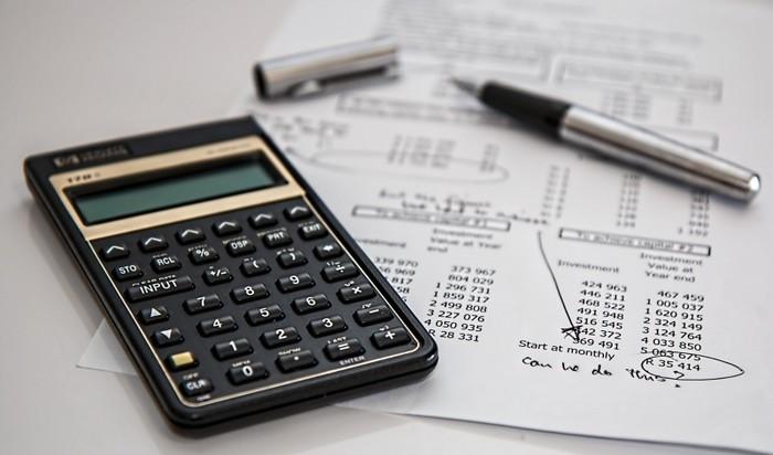 貯め上手さんは、このような固定費用を優先して見直しています。「保険料が高いなぁ」と思っている方は、平均金額を確認したり、プロのアドバイスを聞いて本当に必要かどうかを再確認してみましょう!