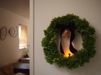 クリスマスといえば、ツリーやリースのデコレーションは欠かせませんよね。