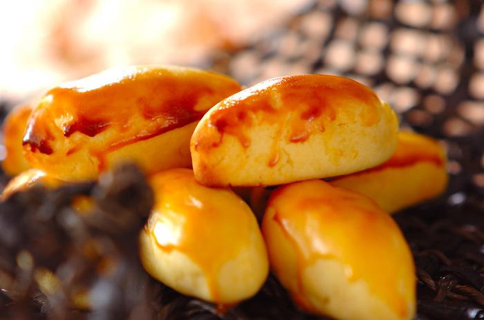 さつまいものスイーツといえば、スイートポテトですよね。こちらのレシピでは、さつまいもを電子レンジで加熱するのでとっても楽ちん♪きちんと裏ごしすればなめらかに出来上がりますが、お芋感を楽しむのに粗めにしても美味しそう。