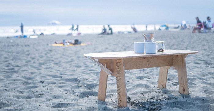 海辺にも良く似合うナチュラルさが魅力。砂がついたら水でササッと洗い流して、乾かせばOK。