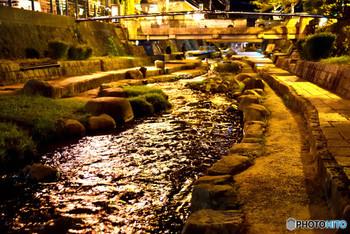 山陰の民窯の代表 湯町窯は、島根は出雲の国、玉造温泉の近くに工房があります。