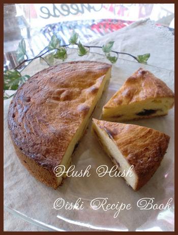 「ガトーバスク」アーモンドパウダーをたっぷり使った、とってもいい香りのケーキ。中にリキュールに付けたフルーツを入れるなど、様々なレシピが存在します。こちらはチェリージャムを入れたレシピです♪