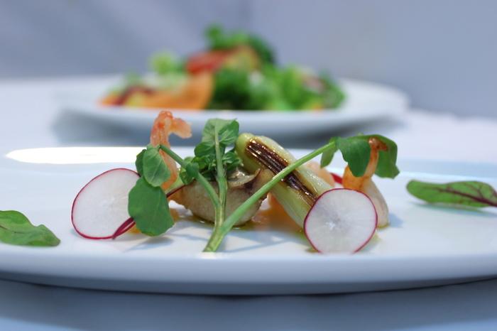 こちらでは肉、魚、野菜、おもてなしの4項目でレシピをご紹介しています。