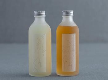 天然の原料を主成分にしたハンドメイドの石けんシャンプー「マートルとベチバーのシャンプー」。ヤシとオリーブ油ベースに、マートルの精油と、「安静のオイル」と言われるベチバーの精油が入っています。とてもリラックス効果が高く、優しくさっぱりした洗い心地です。