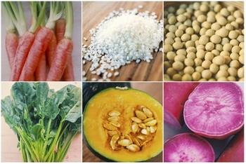 そんな安心の国産の米粉と天然塩をベースに、ホウレンソウ、ムラサキイモ、ニンジン、カボチャ、ダイズといった、見た目もカラフルで香りの良い国産の野菜から丁寧に手作りでねんどを作っています。