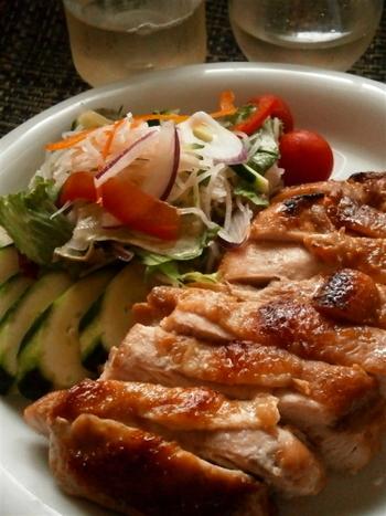 醤油麹を使って作るガイヤーンは、日本人の口によく合います。これならエスニックが苦手な子供でも、美味しくいただけ、ご飯のおかわりが止まらなくなるかも。