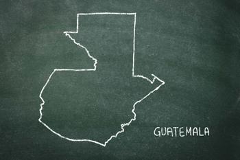 グアテマラの名前は聞いたことはあるけど、どこにあるか答えられる人は少ないかもしれません。グアテマラはアメリカの下にあるメキシコのさらに下「中央アメリカ」にあります。