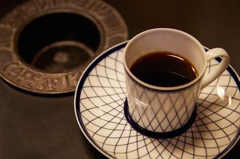 さまざまなコーヒーを味わうことができ、グアテマラ産は10年以上寝かせた「オールド珈琲」も楽しめるのだとか。