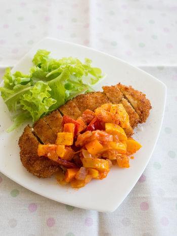 チキンカツにソースとしてかければ、美味しい上に、お野菜も同時に摂れて一石二鳥。ポークやチキンのソテー、白身魚などにも合いそうですよね。
