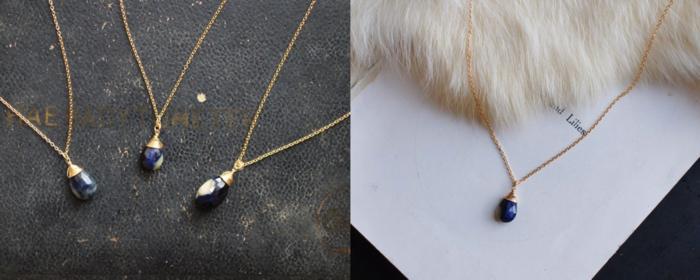 丸く、つるっとした形が可愛らしいネックレス。   一つひとつ異なる青と白のマーブル模様が幻想的な雰囲気を醸し出しています。   大ぶりなサファイアは、華やかさを与えてくれます。