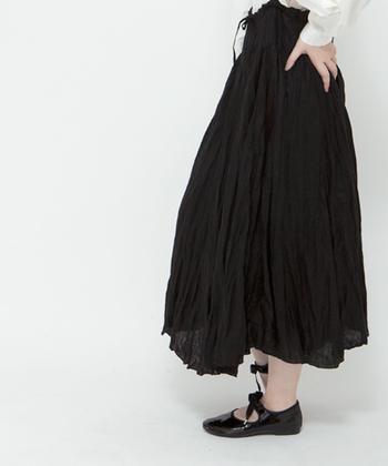 体型別にスカートの着こなし方をご紹介しました。スカート派さんもパンツ派さんも、秋冬は自分に合った「スカート」のおしゃれを楽しんでくださいね!