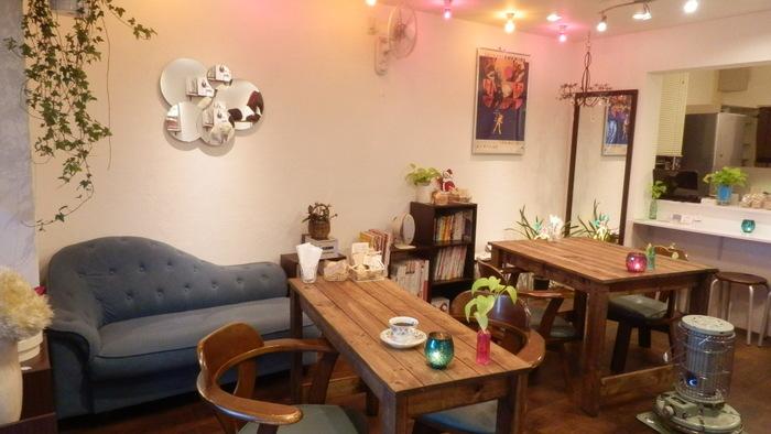 こちらはミシンでハンドメイドが楽しめる、ミシンカフェ&ラウンジ ニコ (nico)。