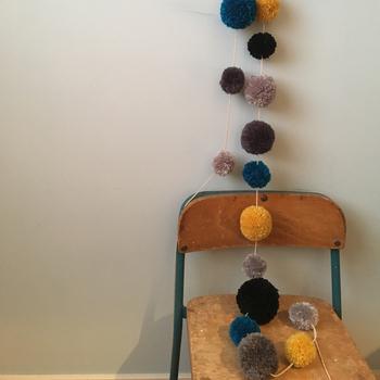 サイズ違いを組み合わせて、落ち着いた色味にすることでどんなお部屋にも馴染むガーランドになりますね。