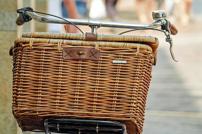 秋晴れの爽やかな休日にはお散歩を楽しみたくなりませんか?せっかくだから気になっていた雑貨屋さんやカフェなど色んなところを散策したい。だけど歩くには少し距離が長すぎて…。そんな時におすすめなのが自転車で散歩を楽しむポタリングです。