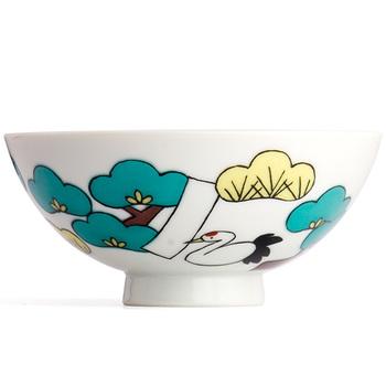 「九谷焼をより身近」をテーマに、転写シールを使って絵柄をつけたクタニシールの個性的なお茶碗。