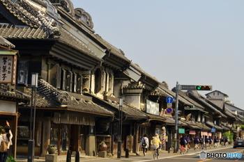 江戸時代の面影をそのままに、蔵造りの街並みが残る川越。江戸=都内ではなかなか見られない、レトロな景色が楽しめます。