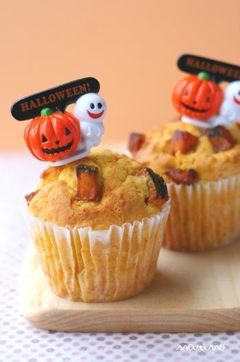 驚くほどふわふわなかぼちゃマフィン。かぼちゃパウダーを使っています。生のかぼちゃを使うよりも水分に影響されないので、安定してふわふわのマフィンができます。