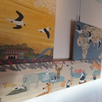上野動物園が近くにあるからか、店内には動物モチーフの壁アートも楽しめます。