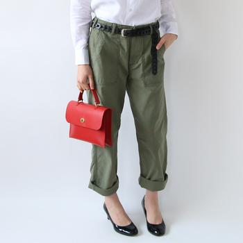 """ほんの少しの""""お手入れ習慣""""を取り入れることで、バッグの「キレイ」を保つことができます。 ぜひお気に入りの革バッグは大切にケアしながら、いつまでも長く愛用してくださいね♪"""