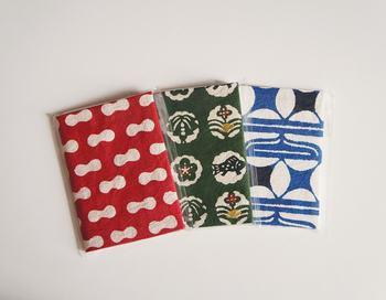毎日手に取りたくなる♪越中和紙(富山県八尾市産)を生産している「桂樹舎」の和紙の手帖。 オリジナルでモダンなデザインでやる気もアップです。