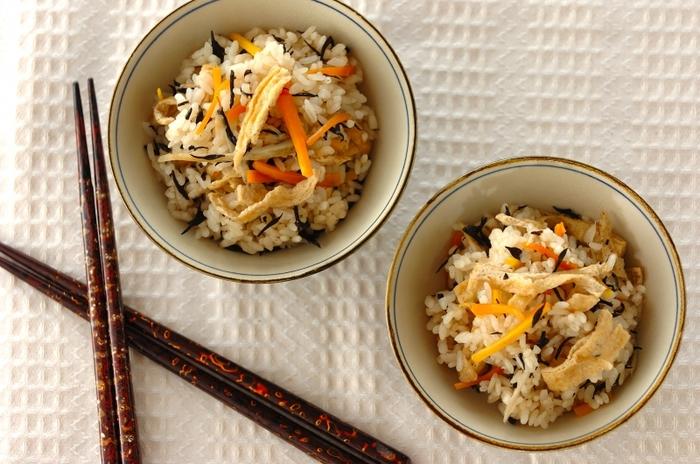 秋を満喫♪ ホクホク美味しい『炊き込みご飯』の〈秋の味覚別〉レシピ集