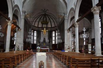 15~16世紀に建てられた「サン・ピエトロ・マルティーレ教会」。