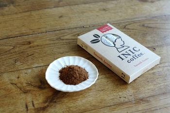 インスタントコーヒーのように粉末で、ハンドドリップコーヒーのおいしさを再現したINIC coffee。「Night Aroma」にはグアテマラ産とコロンビア産の豆を使用。