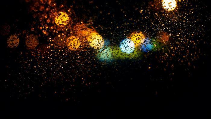 スクリャービンは、音から色を感じ取ることのできる「共感覚」を持っていたと言われています。
