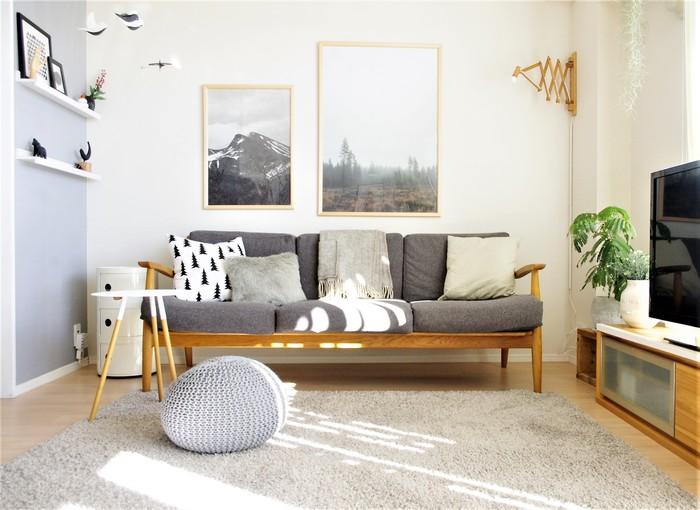 ラグやソファ、壁、クッションなどをグレーでまとめたセンスを感じるインテリアコーディネート。一色でも濃淡をつけることで、洗練された雰囲気のお部屋に。いろんな色を使うよりも、濃淡を意識すると統一感が出しやすいですよ◎