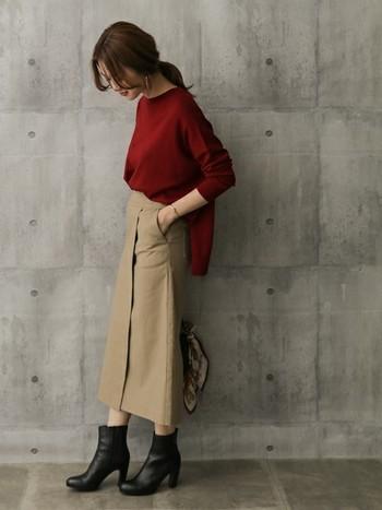 スカートとしてはもちろん、重ね着してレイヤードスタイルも楽しめる「ラップスカート」。 手作りするのは難しそうなイメージですが、コツをつかめば意外と簡単に作れちゃいます。 ラップスカートは丈や生地によって雰囲気がガラッと変わるので、ぜひお好みのデザインを選んで、素敵な秋冬ファッションを楽しんでくださいね♪