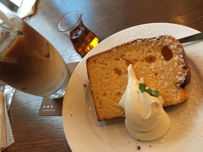 季節の素材を使ったシフォンケーキは、ふんわりしっとりしていていくらでも食べられそう。食後のデザートも欠かせませんね。