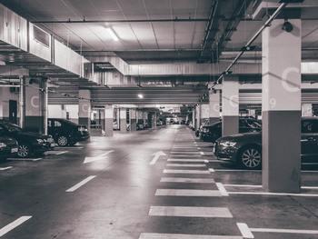 「たまにしか使わないけれど、駐車場を確保したい」 「持て余している駐車場がもったいない」 『Smart Parking』のようなシェアサービスを利用すると、そんな悩みも解消されます。
