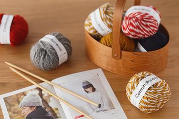 色違いの2色が合わさったコンビネーションウールは、どんな編みあがりになるかが楽しみになる毛糸です。