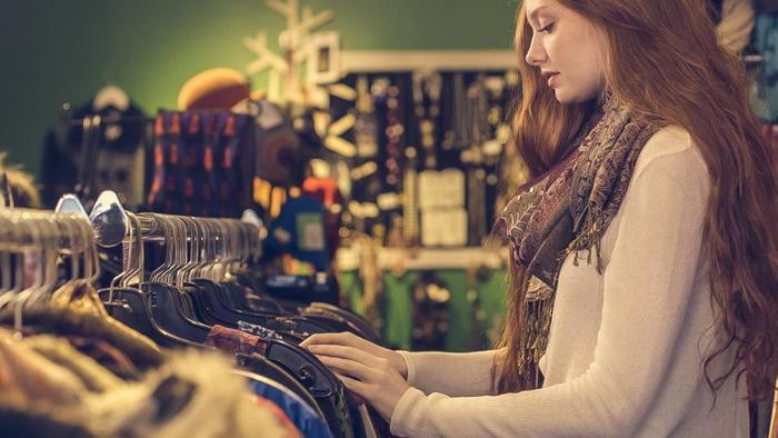 デザインに飽きてしまい、毎年新しいものを購入してしまう洋服…。少しもったいないと感じることはありませんか。 ファッションレンタルアプリ『SUSTINA(サスティナ)』は、ファッションアイテムを友達と共有できるので、ファッションが何倍も楽しめます。子ども服までシェアできるのが便利!