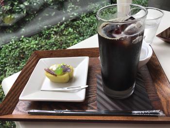 意外ですが、和菓子&コーヒーの組み合わせも合うんです。カフェだけの利用もできるので、おいしい和菓子を食べたくなったらこちらを訪れてみてはいかがでしょうか?