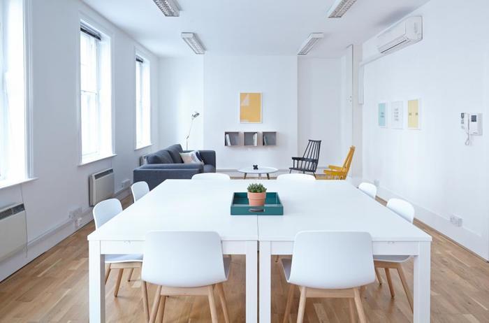オフィスだけじゃないんです!会議室にパーティ会場、撮影場所など。いろんな空きスペースをシェアできる『スペースマーケット』のようなサービスは便利です。