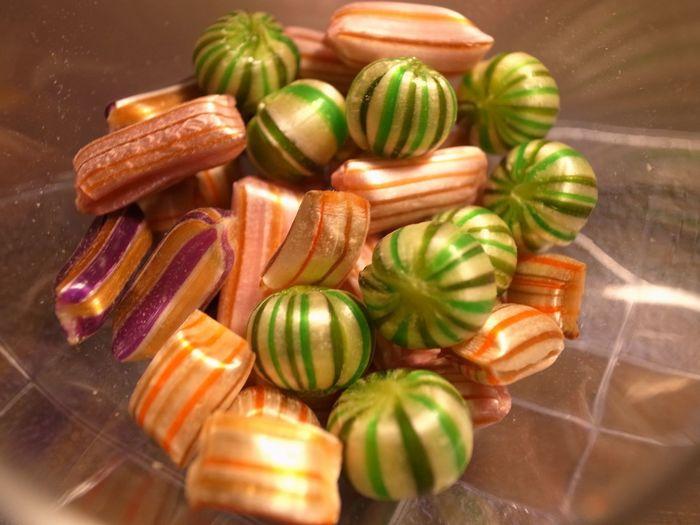 昔ながらの京飴の伝統と海外の発色技術を取り入れた飴は、まるで宝石のような美しさ♪