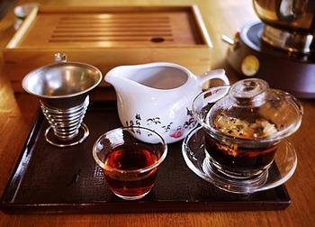 店員さんに相談しつつ、その日飲みたいお茶を決めましょう。ゆったり落ち着いてお茶を楽しむため、子連れの来店はできないので気をつけて。