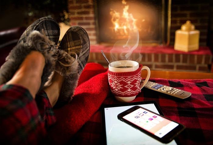 温かい飲み物が身に沁みる今日この頃。例えば、温かいコーヒーで芯から冷えた身体もポカポカ。温まりたいところ。