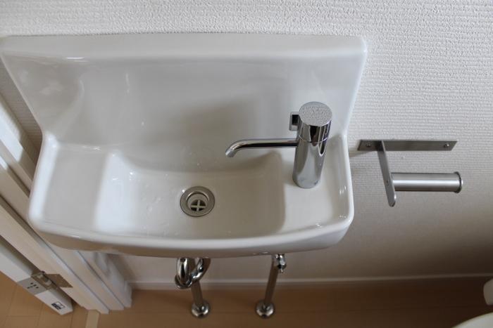 玄関など気になる場所において、香りが薄くなったらクレンザー代わりにトイレや玄関のお掃除に使えます。詳細は以下のサイトを確認してみてください♪