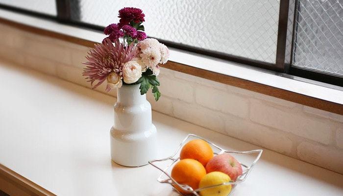 和室と洋室、どちらにも合いそうですね。お好みのお花を飾って、お部屋に合わせてさらに演出してみましょう。