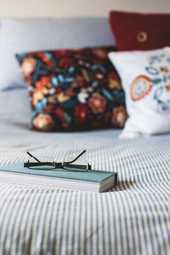 読書は自分の知識の幅を広げたり、表現力を豊かにしてくれたり、論理的に物事を考えられるようになったりと、いいことがいっぱい。どんな本を読むかも大切ですが、なるべく実用書などは避けて「おもしろそう」と思った本を選んでみてくださいね♪