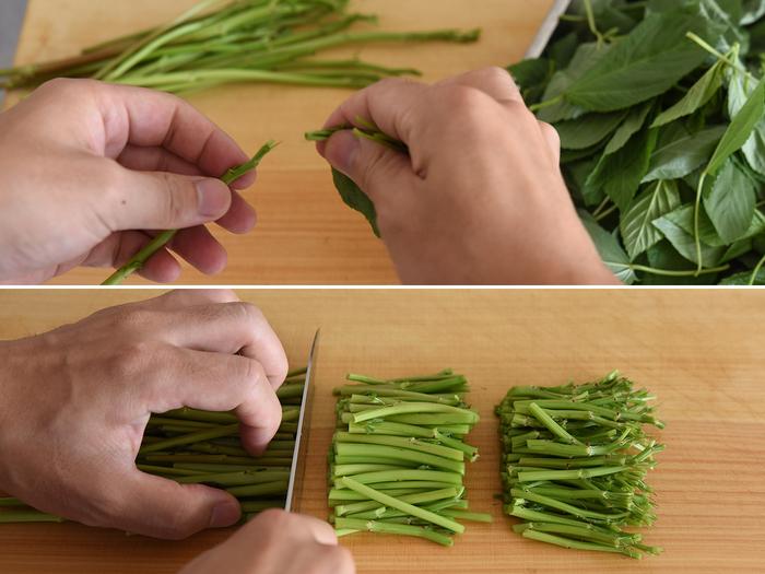 スーパーなどで買ってきたモロヘイヤは、葉っぱだけでなく茎も美味しく食べられるそう※。ゆで時間が異なるので、葉っぱと茎を分け、茎は下半分を捨てて食べやすい長さに切っておきます。