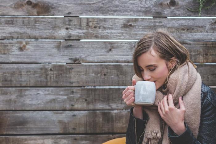 忙しいとき、慌しいときこそ、ゆったりと構え、呼吸を意識してみましょう。
