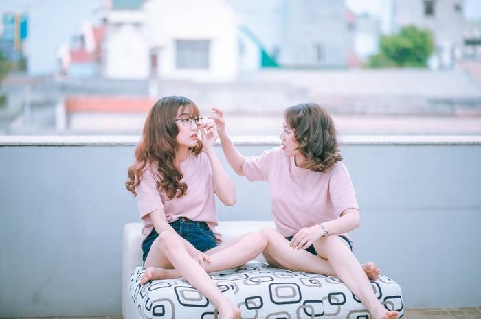 似合うかどうかや、自分の意外な魅力を周りの人が見つけてくれることも。仲良しの女友達の意見も参考になりますよ。