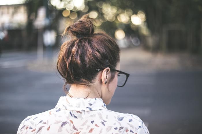 フットワークの軽い人というのは、考えながら動くあるいは考える前に動いています。動き出す前からあらゆる状況を想定したり悪い想像ばかりしていては、最初の一歩が遅くなってしまいます。